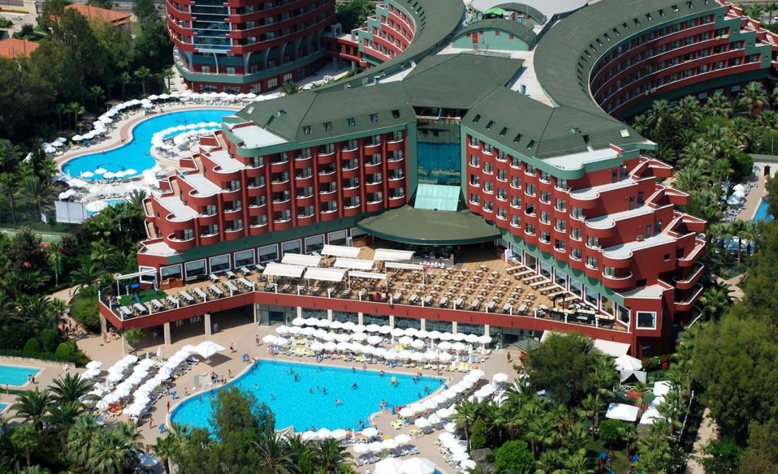 DELPHIN DELUX HOTEL